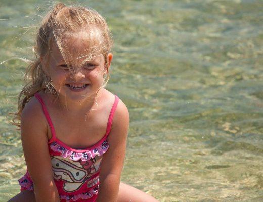 Co robić z dzieckiem na wakacjach?